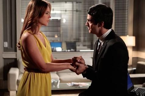 Paolla Oliveira e Mateus Solano em cena de 'Amor à vida' (Foto: Divulgação/TV Globo)