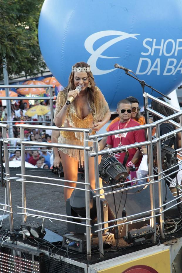 Cheiro de amor se apresenta em Salvador (Foto: Wallace Barbosa e JC Pereira/ AgNews)