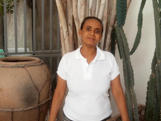 Cleonice trabalha há 16 anos na TV Grande Rio (Foto: Gabriela Canário)