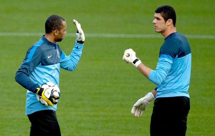 Fabiano e Helton goleiros Porto (Foto: AFP)