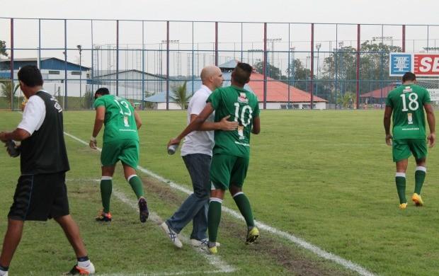 Manaus F.C já pensa na pré-temporada 2014, que começa em novembro, logo após a Série B (Foto: Marcos Dantas)