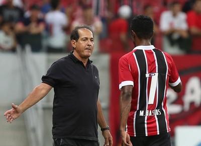 Muricy Ramalho Michel Bastos Sport x São Paulo (Foto: Rubens Chiri/saopaulofc.net)