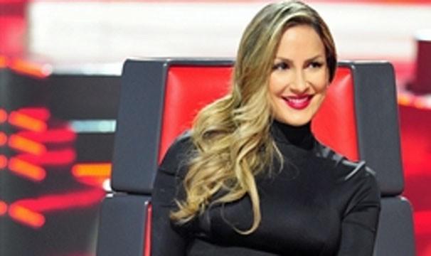 Claudia Leitte e finalistas do The Voice cantam no Encontro de hoje (Foto: Divulgação/TV Globo)