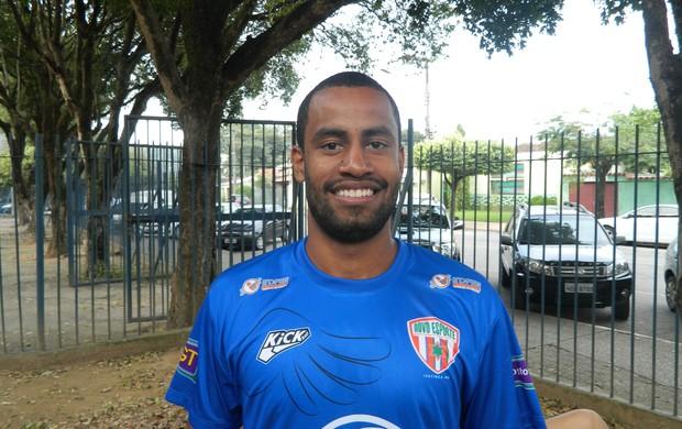 Herick Samora é um dos jogadores profissionais do elenco. (Foto: Kaleo Martins / Globoesporte.com)