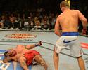 Cigano ganha prêmio de melhor luta, e Mike Tyson 'dá' nocaute a TJ Grant