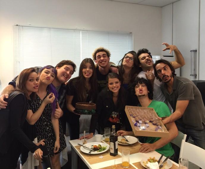 Camila diz que já sente saudade do elenco de Verdades Secretas (Foto: Arquivo Pessoal)