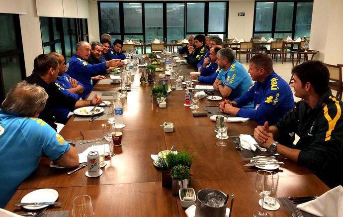 Comissão Técnica da Seleção Brasileira já está em Teresópolis (Foto: CBF)