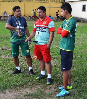 Venícius, Pablo Simões e Ângelo Souza, no Galvez (Foto: Duaine Rodrigues)