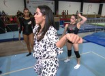Anitta dá dicas para solo de Hypólito com sucessos dela: 'Emocionada'