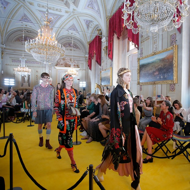 Gucci Cruise 2018, held in the Palatine Gallery of the Pitti Palace (Foto: COURTESY OF GUCCI. PHOTOGRAPHY BY DAN LECCA)