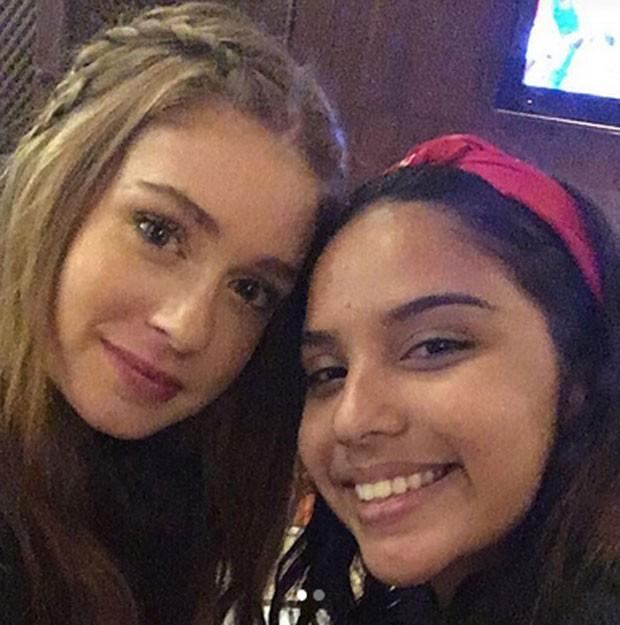Marina Ruy Barbosa e Amanda (Foto: Reprodução)