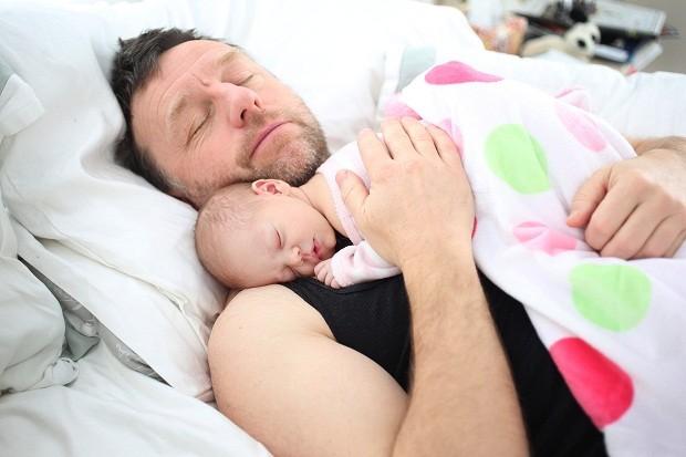 Dar carinho ao seu filho pode ser mais benéfico do você que imagina (Foto: Getty Images)