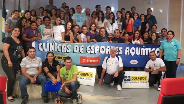 Partcipantes da Clínica de Arbitragem de Natação com Gilda Hupsel e Marcelo Falcão.JPG (Foto: Divulgação)