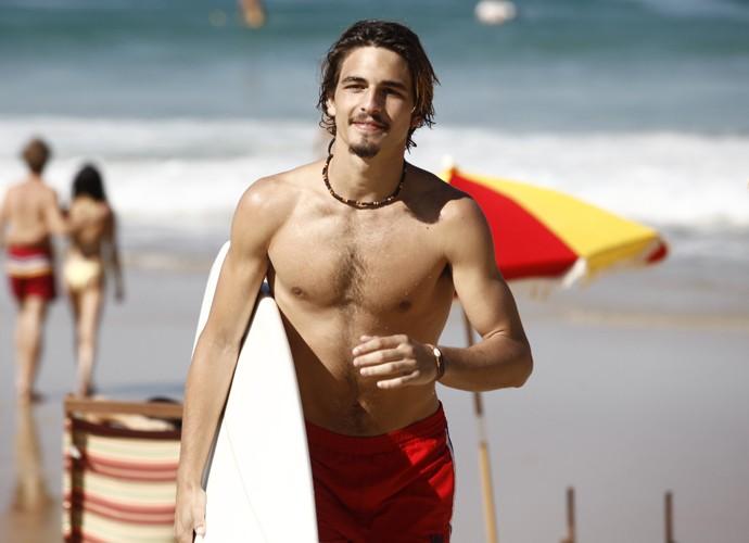 b6891f080 Brenno Leone troca a prancha de surfe pelo skate na nova Malhação ...