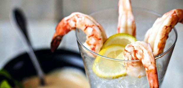 Coquetel de camarão com maionese caseira (Foto: Elisa Correa/Editora Globo)