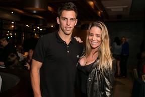 Danielle Winits com o namorado, Amaury Nunes, em inauguração de restaurante no Rio (Foto: Bruno Ryfer/ Trezze Imagens/ Divulgação)