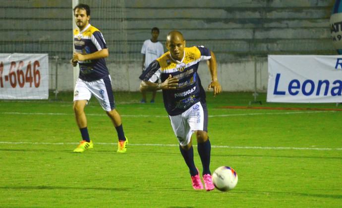 Gabriel lateral-direito Strikers (Foto: Danilo Sardinha/GloboEsporte.com)