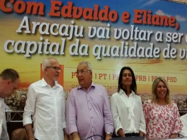 Edvaldo Nogueira lança pré-canditura à prefeitura de Aracaju  (Foto: Ana Fontes/TV Sergipe)