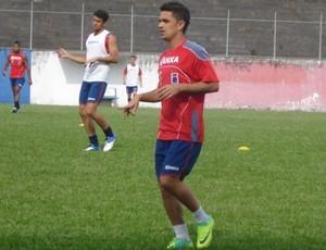 Dinelson, meia do Paraná Clube (Foto: Fernando Freire/GLOBOESPORTE.COM)