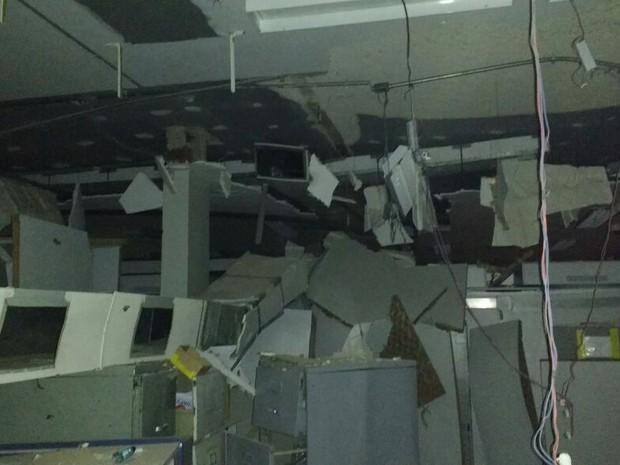 Grupo atacou duas agências bancárias em Senador Pompeu na madrugada (Foto: Divulgação/Polícia de Senador Pompeu)