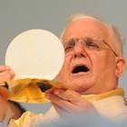 150 mil hóstias são produzidas para missas (Vitor Jubini/ Arquivo A Gazeta)