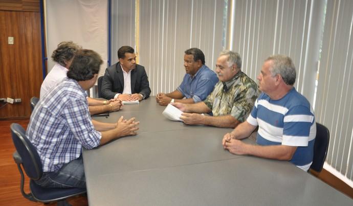 Reunião na sede da Seintrha em Campo Grande (Foto: Hélder Rafael)
