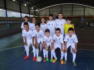 Equipe de futsal de Itauna no JEMG (Foto: Helen Oliveira/Divulgação)