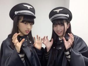 As fantasias assustaram em níveis que foram além do previsto pela banda (Foto: @Keyakizaka46)