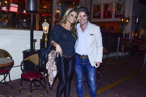 Dani Sperle e João Kléber em restaurante em São Paulo (Foto: Leo Franco/ Ag. News)