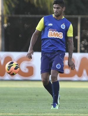 Luan, Cruzeiro, treino, Toca da Raposa II (Foto: Washington Alves / Vipcomm)
