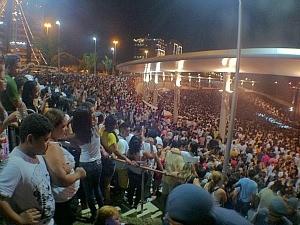 Grande festa da virada aconteceu na Ponta Negra (Foto: Ana Graziela Maia/G1)