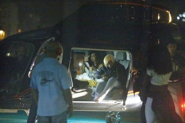 Rihanna chegando no Heliponto depois do show (Foto: Delson Silva e Dilson Silva / Ag. News)