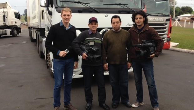 Equipe percorreu 1,2 mil km para gravações (Foto: Divulgação)