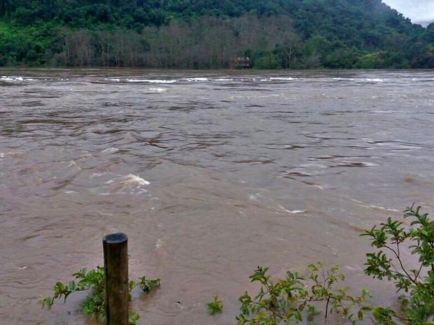Ponte sobre o rio das Antas (Foto: Antônio Sérgio de Oliveira/Rádio Difusora/Bento Gonçalves)