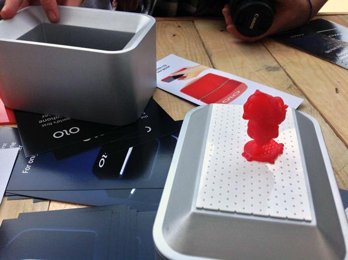 Olo 3D, que usa o celular como parte da impressora, será lançada no Kickstarter (Foto: Divulgação/Olo 3D)