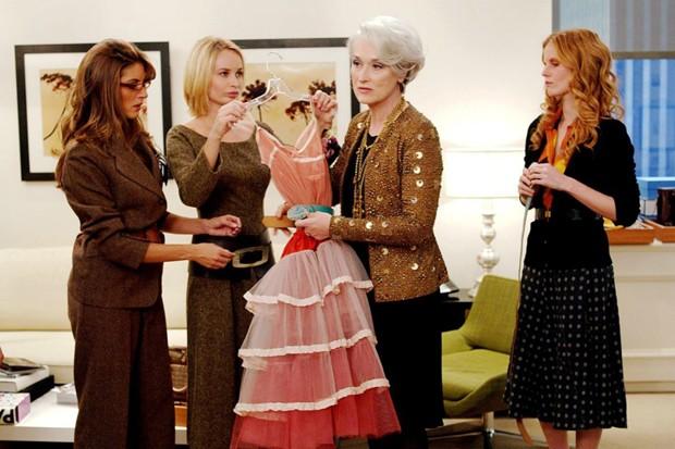 Dos filmes de maior sucesso sobre a moda, Diabo Veste Prada contou com o bom gosto da figurinista Patricia Field, mesma de Sex and the City (Foto: Divulgação)