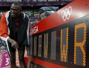 David Rudisha cravou 1m40s91 e bateu o próprio recorde (Foto: Reuters)