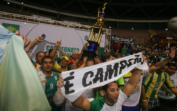 Crateús vence novamente e fatura título do Estadual de futsal (Foto: runo Gomes/Agência Diário)