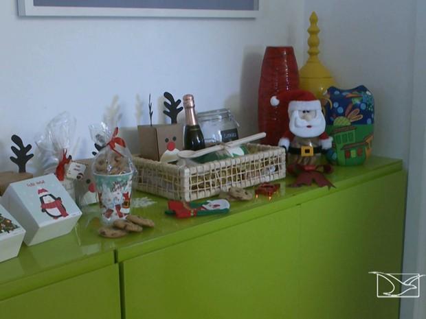 Micro e pequenas empresas começaram a investir em produtos com temáticas natalinas (Foto: Reprodução/TV Mirante)