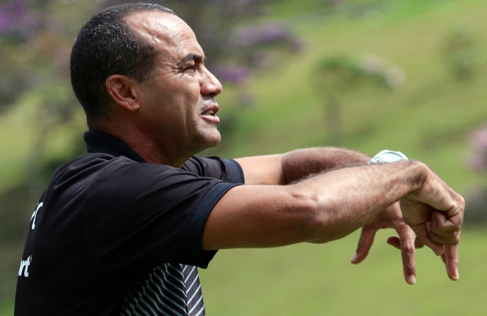 Aílton Ferraz, técnico, Tupi-MG (Foto: Felipe Couri/tupifc.esp.br)