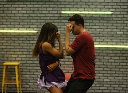 'Dança dos Famosos 2017': professoras dão dicas de como dançar forró