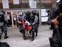 Tropa de Choque retira estudantes que ocupavam Centro Paula Souza