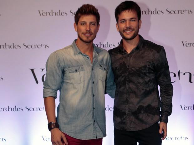 Christian Villegas (Daniel) e Werles Pejero (Raulino) (Foto: Felipe Monteiro/ Gshow)