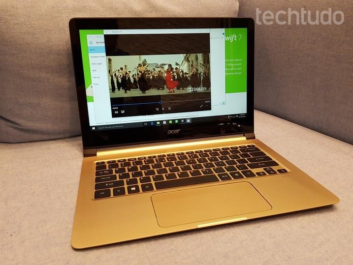 Acer Swift 7 vem com tela de 13,3 polegadas e bateria com duração de 9 horas (Foto: Thássius Veloso/TechTudo)