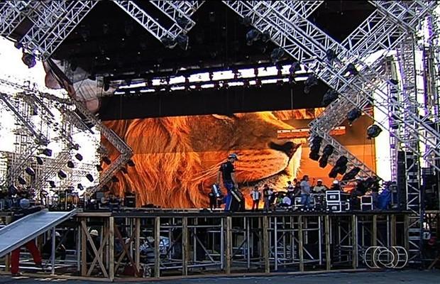 Palco do Festival Villa Mix em Goiânia (Foto: Reprodução/TV Anhanguera)