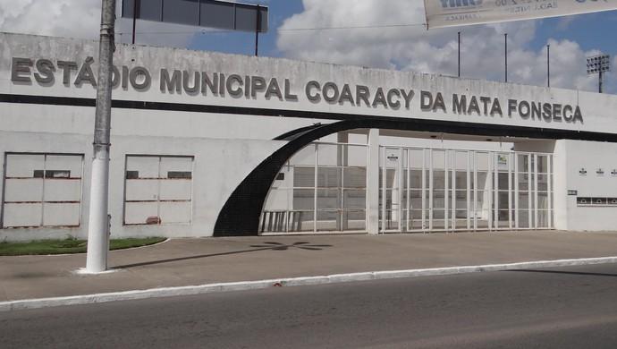 Estádio Coaracy da Mata Fonseca, em Arapiraca (Foto: Leonardo Freire/GloboEsporte.com)
