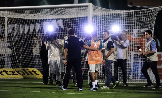 Dudu saída do intervalo Palmeiras RB Brasil (Foto: Marcos Ribolli)