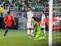 """Narrador mexicano pede """"piedade"""" a chilenos em histórico 7 a 0. Ouça"""