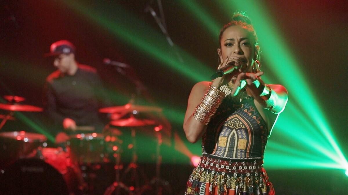 Samantha Schmtz, no episdio dedicado aos clssicos do reggae (Foto: Divulgao/Bis)