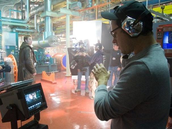 J.J. Abrams usou a criatividade para gravar cenas do filme (Foto: divulgação)